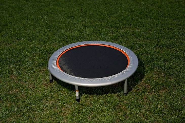 how to set up a trampoline step by step