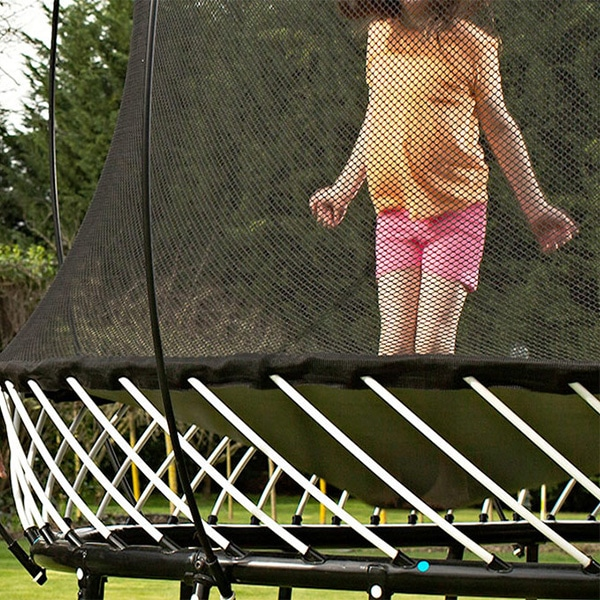 Springfree® 10ft Trampoline - R79 Medium Round with FlexrHoop and FlexrStep Overview