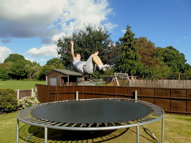 cool simple trampoline tricks