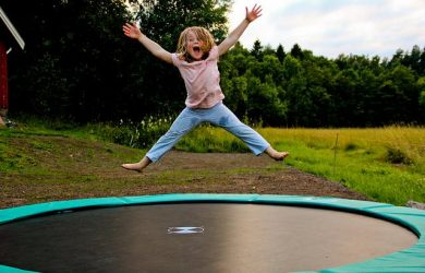 Good reasons to let your toddler play trampoline